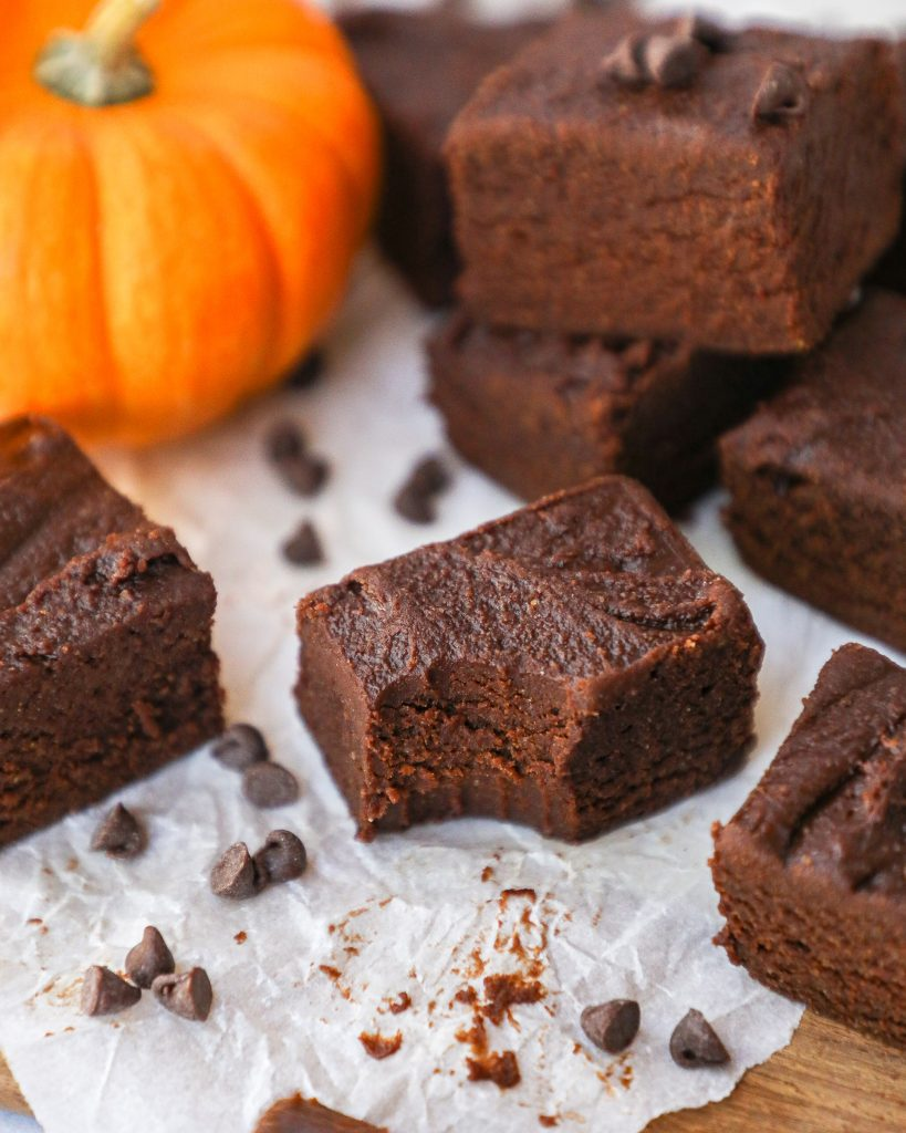 Pumpkin butter freezer fudge is a healthier option for a fun holiday treat! It's only 4 ingredients and is made with no butter and no oil! This is the best fudge you will ever make!
