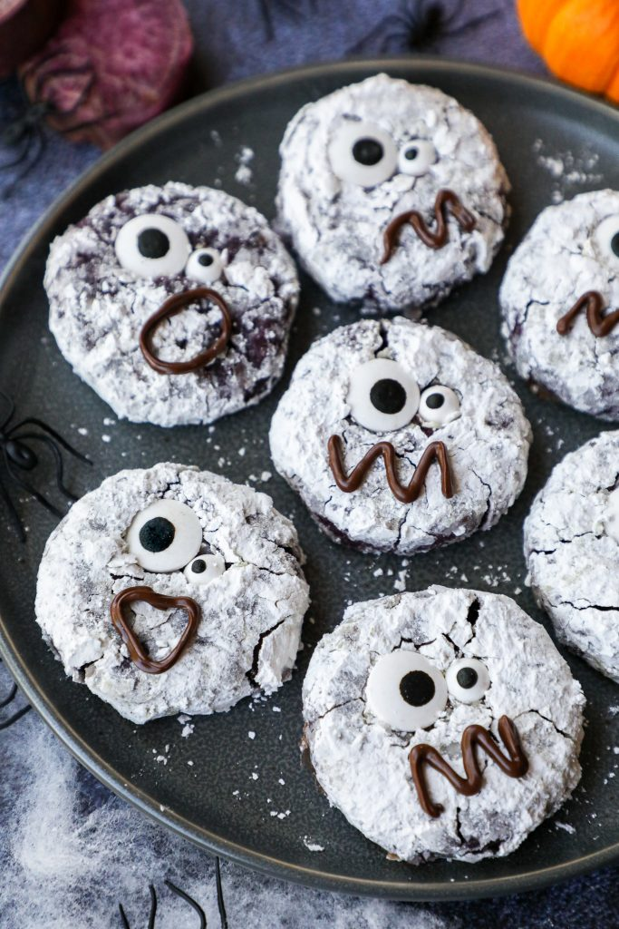 A fun and delicious crinkle cookie recipe that's perfect for any Halloween party! They're so easy to make and are always a huge crowd pleaser!