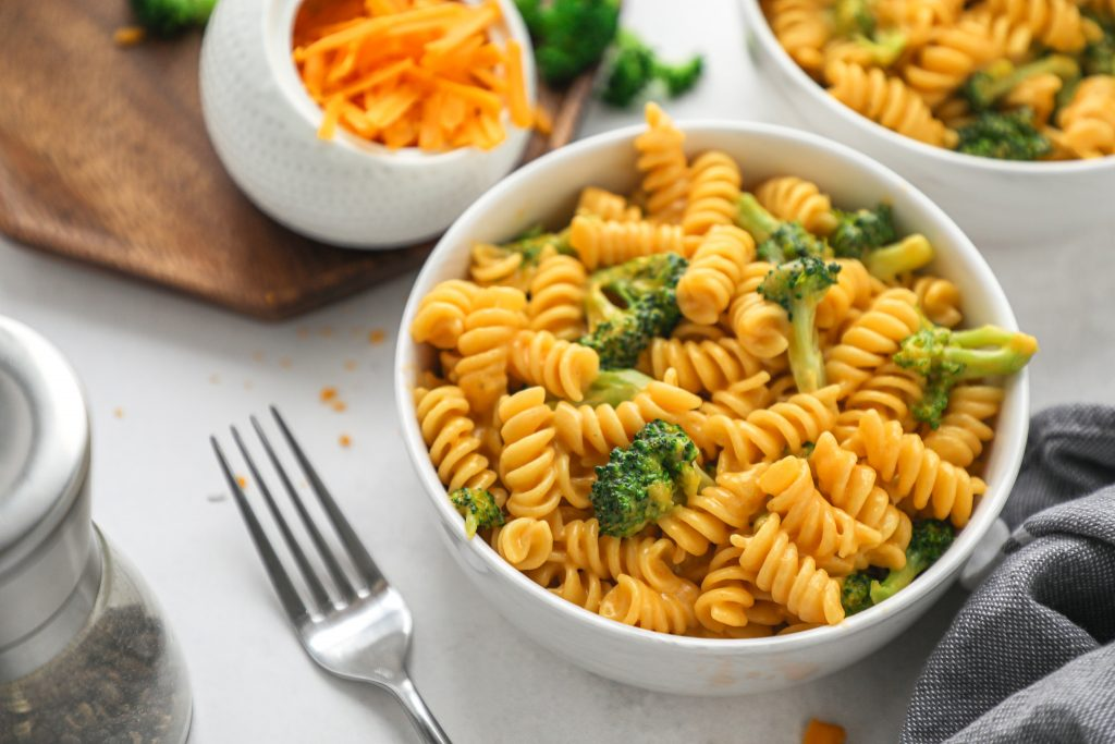 Quick, easy and perfect for a simple weeknight meal! This tasty mac and cheese recipe will become a family favorite in no time!